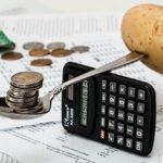 monedas y patata